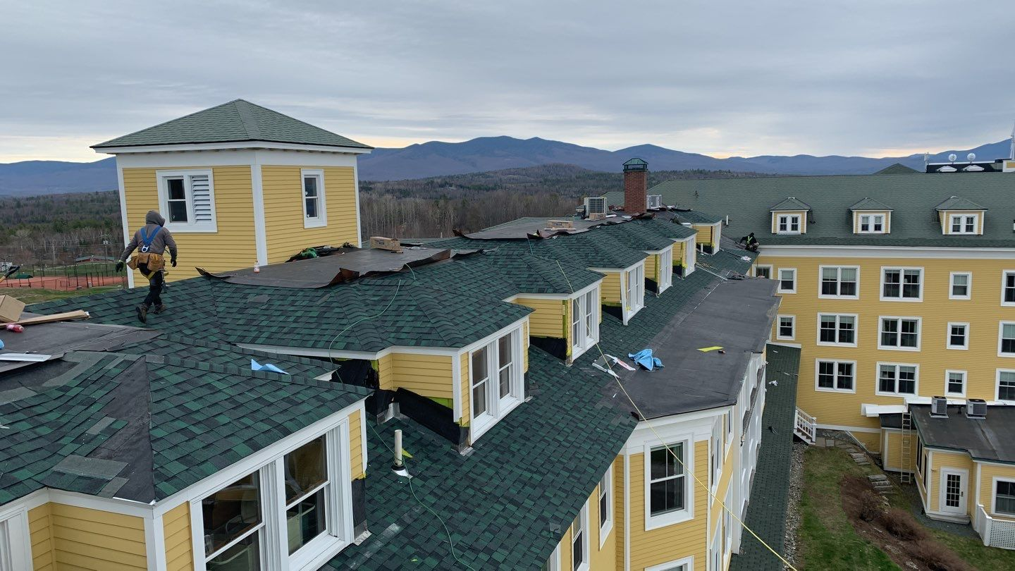 Commercial Roofing at the Mountain View Grand Resor & Spa located at 101 Mountain View Road in Whitefield,New Hampshire